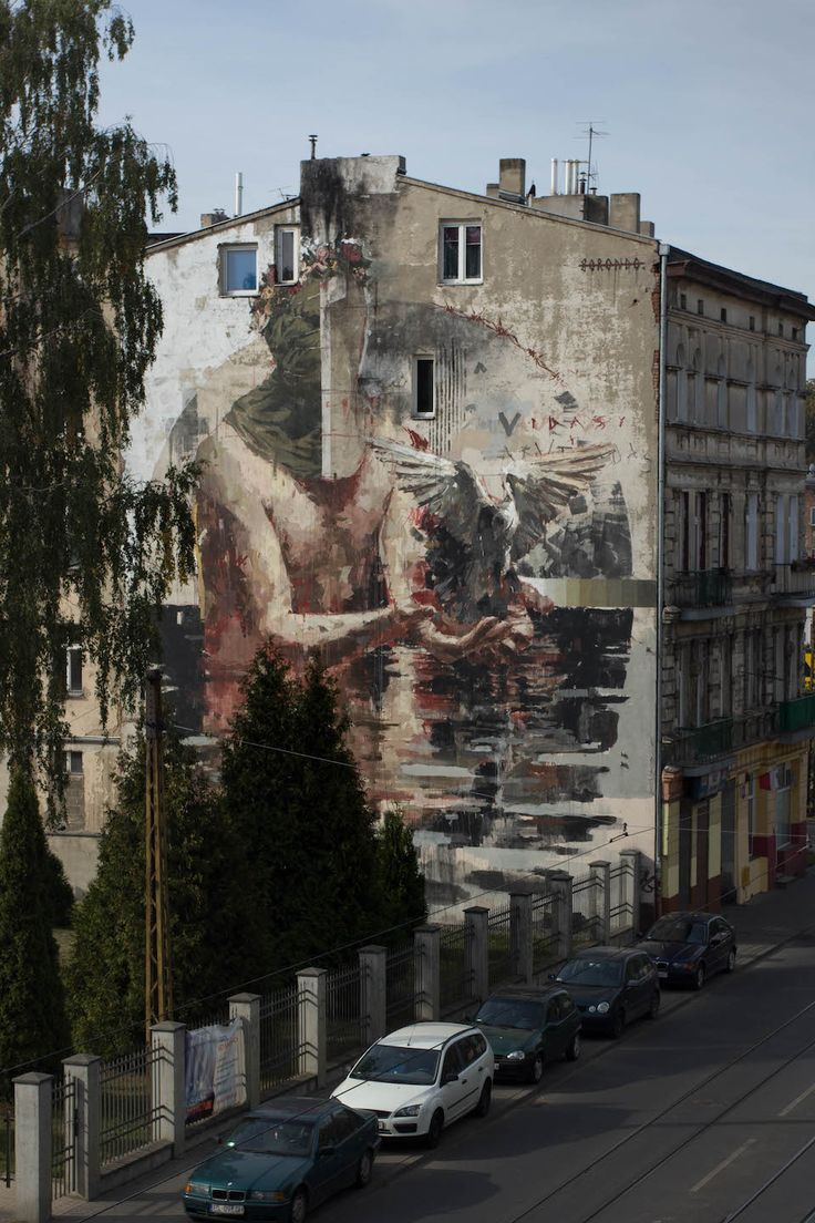 Mural by Borondo in Lodz, Poland 4