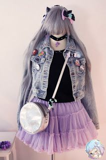 Pastel Cubes: Pastel Goth outfit