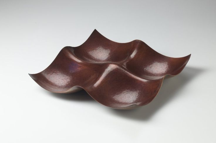 """JACK DA SILVA CONVERGENCE I  Functional bowl. Copper, raised with multiple centers.  2"""" x 11"""" x 11""""  Included in """"Tangents: Work by Jack da Silva,"""" 2015. Photo: M. Lee Fatherree"""