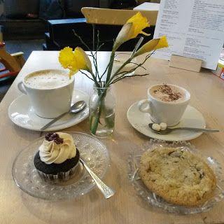 Review vom Tassenkuchen, Berlin, welches auch veganen Kaffe und Kuchen anbietet.