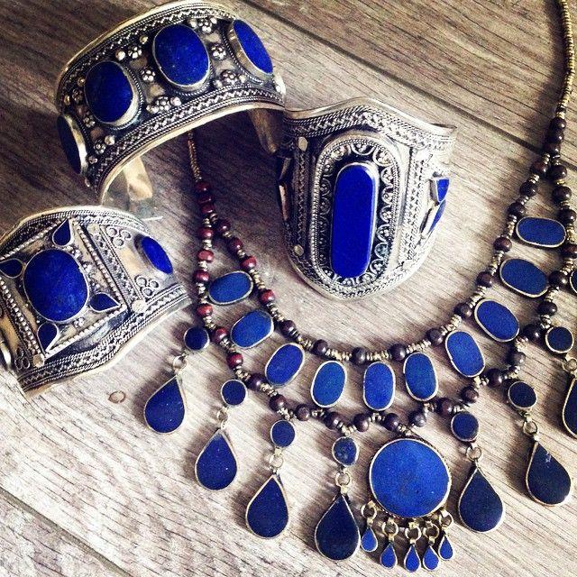 >>> LAPIS LOVE <<< on craque pour les bijoux ornés de lapis lazuli ❤️❤️❤️ | www.hopeshop.fr #shopping #lapislazuli #kuchi
