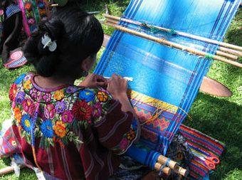 Huipil Maya