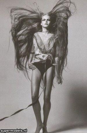 pioneer woman 1800s hair. model ruslana korshunova. pioneer woman 1800s hair