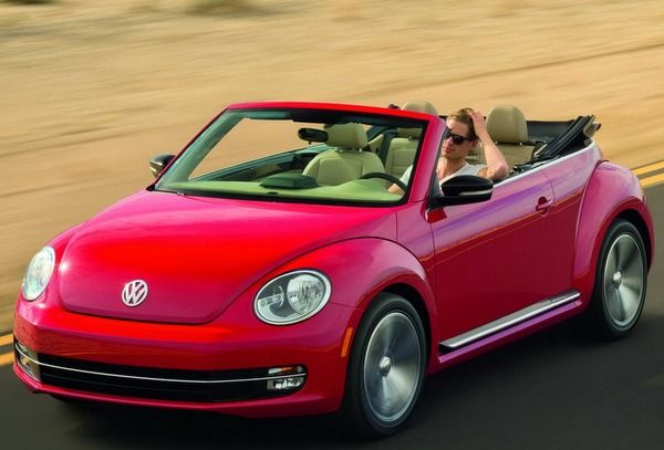 Volkswagen Beetle will be sponsoring the Paul Weller performance which will take place on 9th November 2012 at Abbey Road Studios. There are tickets to be won through online competitions hosted by Spotify digital music service. For entry to this spectacular event participants will have to visit Volkswagen's Facebook page from where they will be able to access over 18 million songs in the Spotify catalogue. Participants will