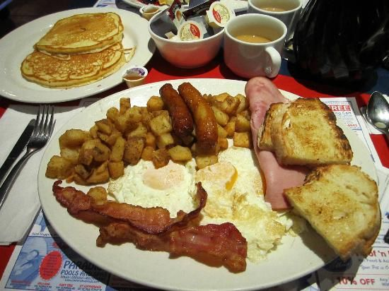 The E.T. Special, Flying Saucer Drive-In Restaurant, Niagara Falls #breakfast #diner #cottagecountry