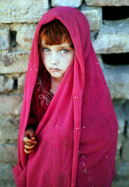 Home girl pictures in pakistan.