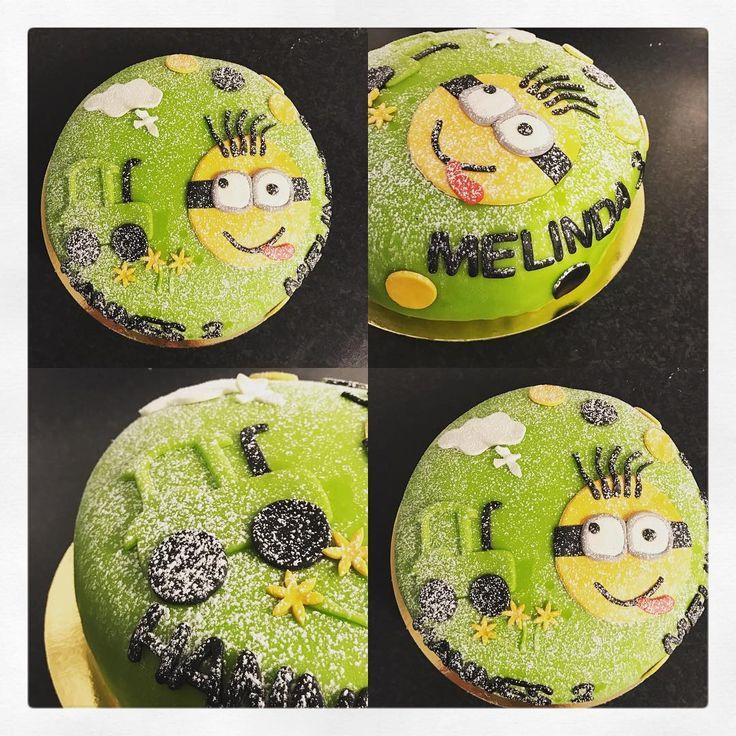 """125 gilla-markeringar, 3 kommentarer - Evelinas kök (@evelinaskok) på Instagram: """"När två barn ska firas får man dela tårta:) Lite leverans av beställningar nu på söndagsmorgonen.…"""""""
