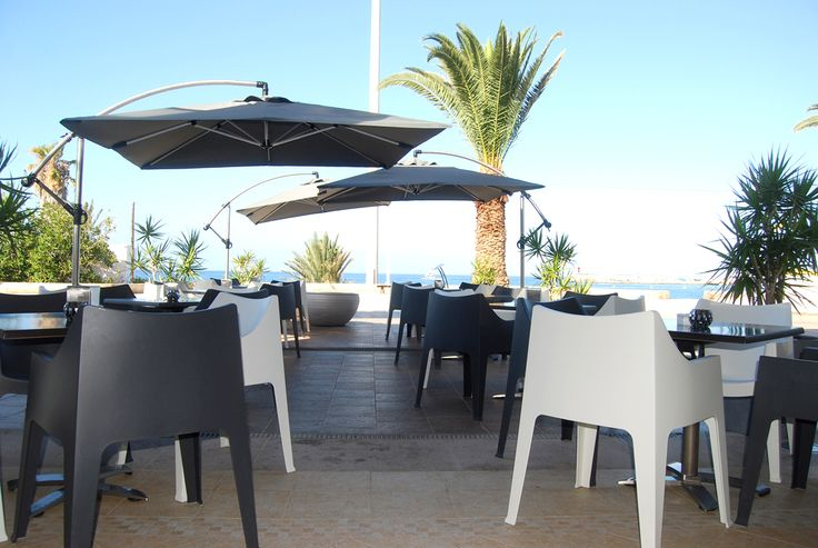 Coccolana by SCAB Design for The Moon Bar and restaurant in Los Cristianos - Tenerife