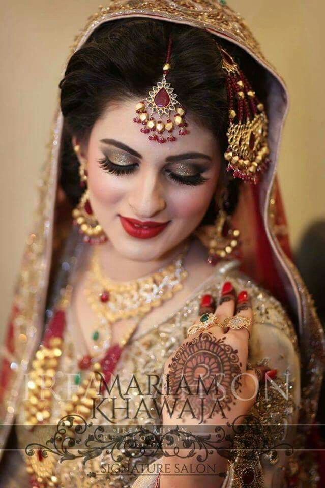 Bridal Makeup Beauty Photoshoot Muslim Brides Stani Bengali Bride Indian Photography Jewelry
