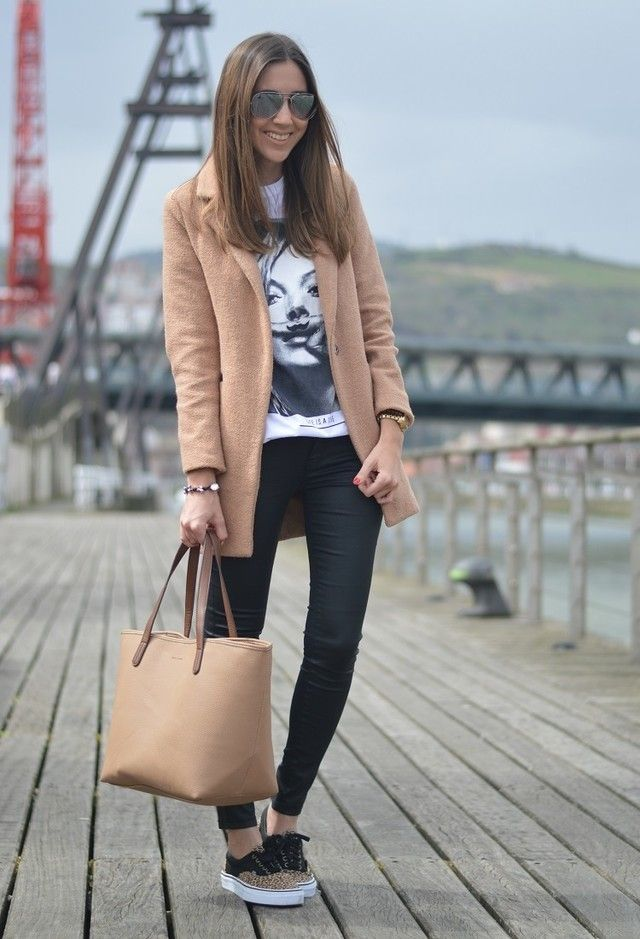 Eleven Paris    T-Shirts, Vans  Sneakers/Tênis and Mango  Bolsas