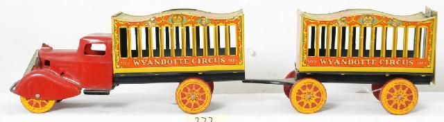 icollect247.com Online Vintage Antiques and Collectables - WYANDOTTE CIRCUS TRUCK AND TRAILER Toys-Pressed Steel