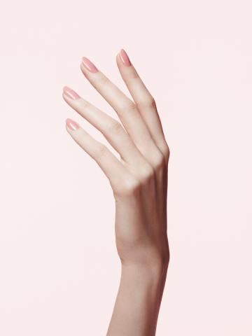 The Real Reason Your Manicure Keeps Chipping | Spoiler alert: It might not be the manicurist's fault.