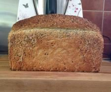 Easy Wholemeal Linseed Loaf (Thermomix) 200 g wheat grain 300 g buttermilk 150 g water 3 tsp dried yeast 500 g bakers flour 60 g Linseeds 2 tsp salt 1 heaped tsp honey 2 tsp natural bread improver 30 g macadamia oil, Or EVOO if you prefer that in bread making
