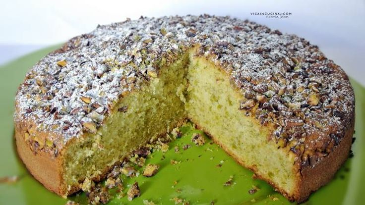 Torta al pistacchio ricetta di @vicaincucina