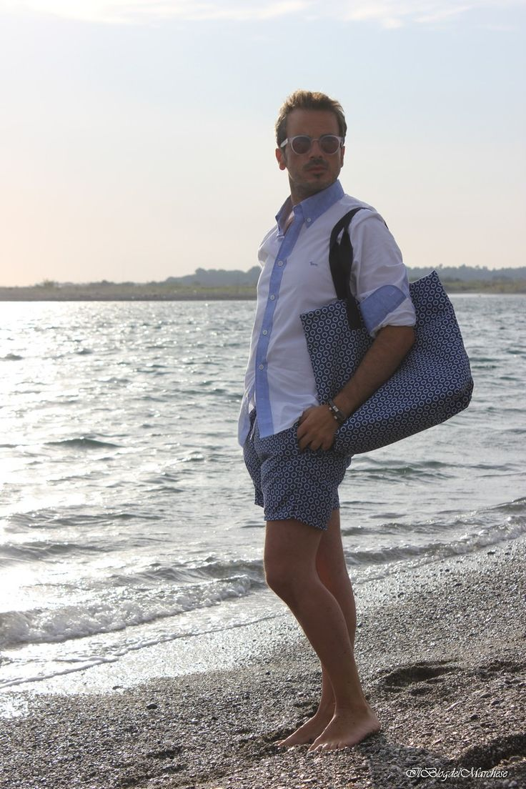 Moda mare estate 2015 http://www.ilblogdelmarchese.com/abbigliamento-uomo-da-spiaggia-estate-2015/ #menswear #menstyle #mensfashion #calabria #summer2015 #modamasculina #modauomo #estate2015 #ootd #look #fashionblogger #italianfashionblogger #fashionbloggeritaliani #men #guys #sprezzatura #bespoke