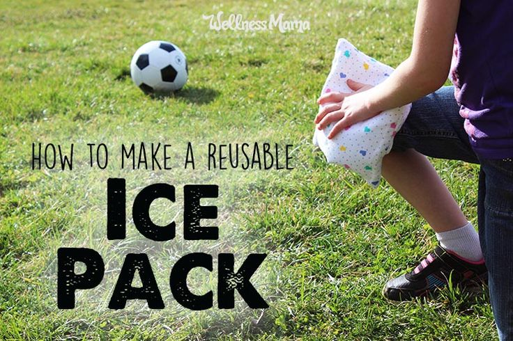 It is simple to make a reusable homemade flexible ice pack by freezing a mixture of water and rubbing alcohol in a plastic bag or pre-made ice bag.