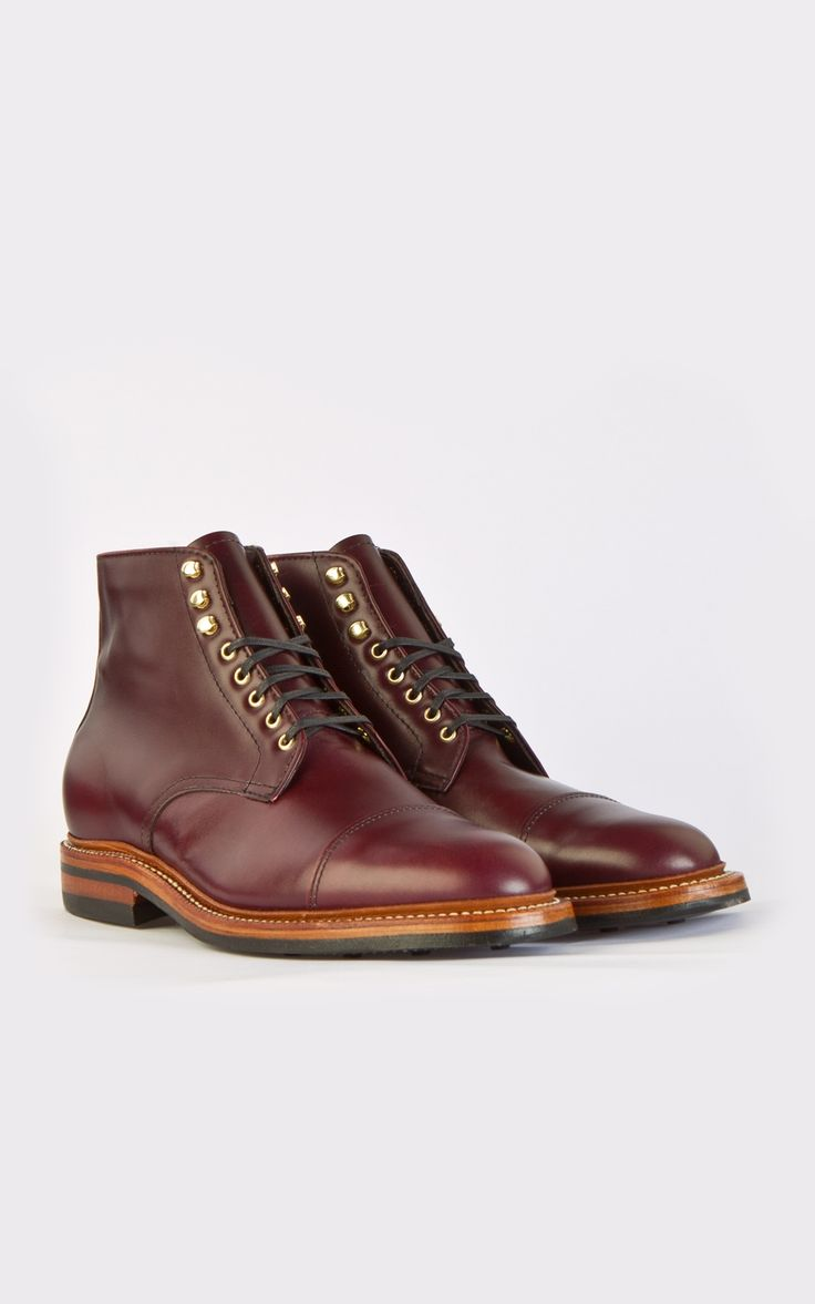 Beautiful pair of American-made captoe boots.