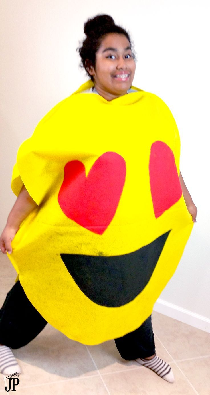 FAST and EASY DIY emjoi costumes!! AWESOME video tutorials for TWO emoji costumes. Get the supplies for under $20 if not UNDER $10!!! NO sewing required - so easy to make as a last minute costume idea. This blog has the BEST DIY Halloween costume tutorials!
