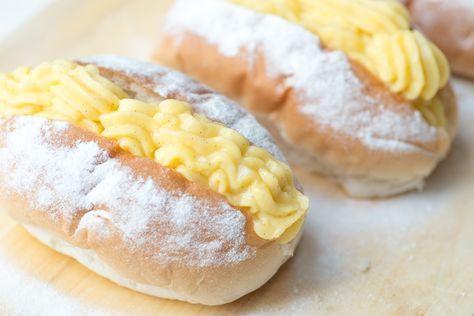Liefhebbers van puddingbroodjes op gelet: deze broodjes kun je heel makkelijk thuis maken! Helemaal met foolproof banketbakkersroom.