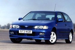 Nissan Almera (1995)