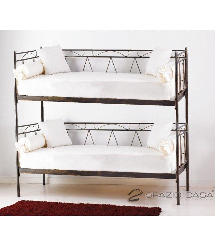 Divano letto a castello in ferro battuto con rete integrata 12 doghe in legno di faggio modello MOZART. #divanoletto a #castello in #ferrobattuto
