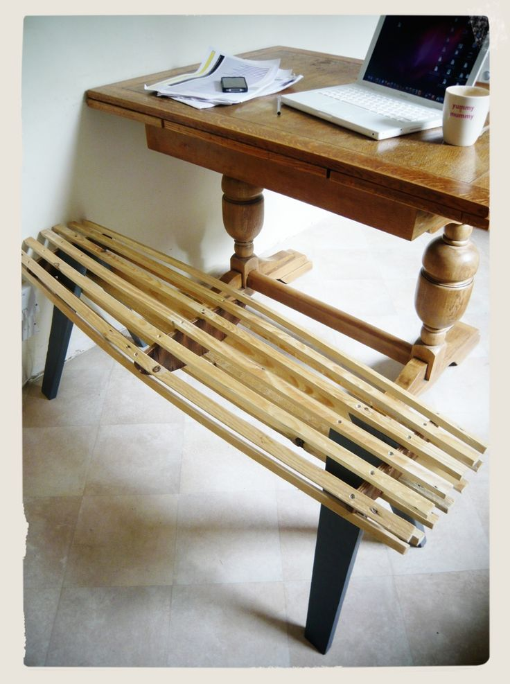 furniture: formed, slatted timber bench project using reclaimed timber (pallet, plywood and floor boards)
