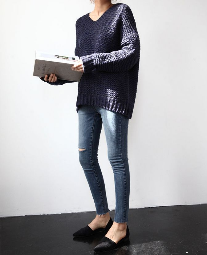 navy sweater, jean and flat shoes #fashion