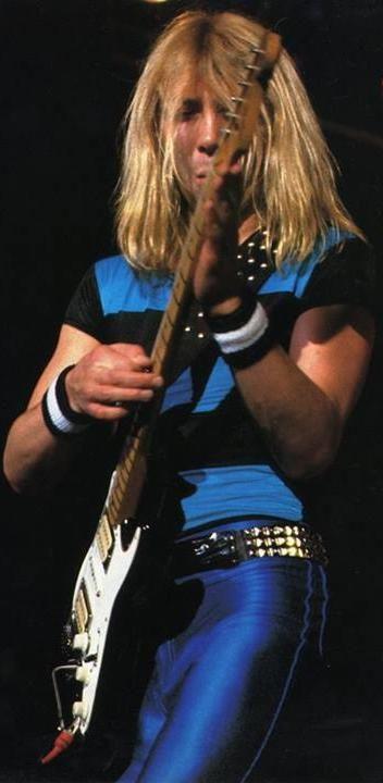 *m. Dave Murray - Iron Maiden