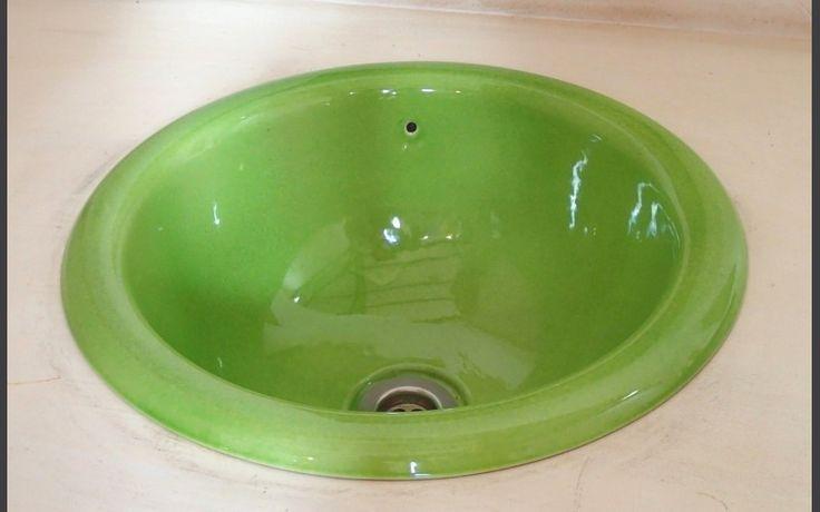 Circular built-in basin