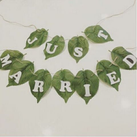 【miyamuu150】さんのInstagramをピンしています。 《この葉っぱガーランドがかわいくって、参考にさせていただきました✨本当はこの葉っぱみたいな造花が良かったけど見つからず仕方がなくハワイアンっぽい葉っぱで作りました☘ #wedding #結婚式 #marry花嫁 #プレ花嫁 #ガーランド #結婚式diy #diy #justmarried #natural #山 #森》