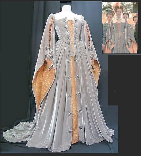 Elizabethan movie costume:
