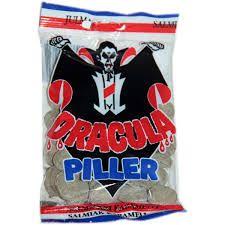 Dracula-salmiakit! Nam nam nam! (vajaan euron per pussi)