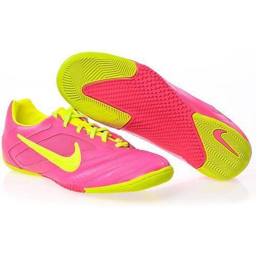 SEPATU FUTSAL NIKE5 ELASTICO PRO 415121-676  Sepatu Futsal Nike5 Elastico Pro (415121-676) diciptakan untuk memberikan kecepatan khususnya untuk pemain yang lebih suka bermain disamping lapangan. Salah satu Nike5 series, Nike5 Elastico pro tampil dengan warna yang tidak biasa yaitu warna dominan merah muda dengan perpaduan warna hijau. Bagian midsole sepatu ini didesign untuk memberikan kenyamanan walau mengalami gesekan cepat ketika berlari.  Size 42 42,5 44