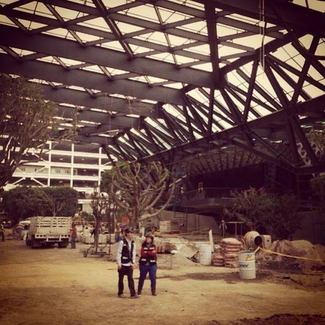 TBT #CinetecaNacional #tbt #underconstruction #rojkindarquitectos photo by @barbstrujillo