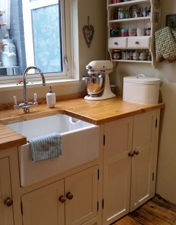 112 best Traditional Country Kitchens images on Pinterest | Aga ...