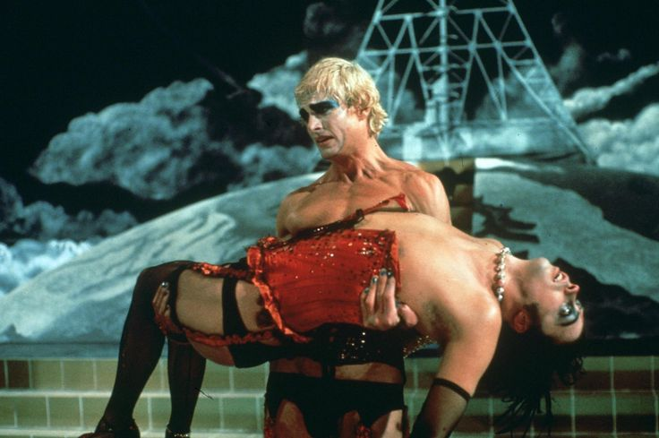 Still of Tim Curry and Peter Hinwood in The Rocky Horror Picture Show (1975) http://www.movpins.com/dHQwMDczNjI5/the-rocky-horror-picture-show-(1975)/still-3848846080