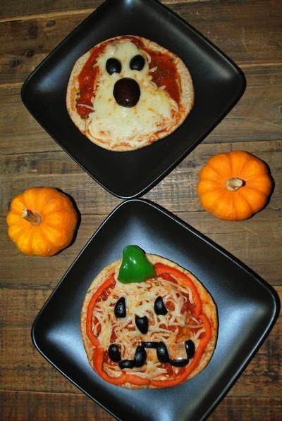 Kids Halloween Pizzas cant wait to have kids so I can do fun stuff like this with them!!!