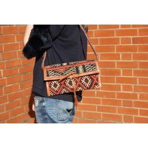 Moroccan Kilim Clutch III #ethnicstyle #clutch #chevronprint #bedifferentbesnazzy