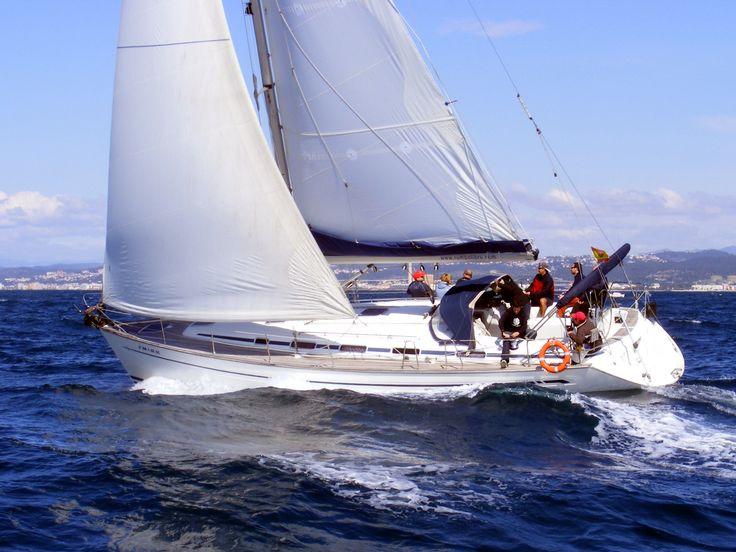 Bandera Belga | Navegar en aguas españolas con bandera belga