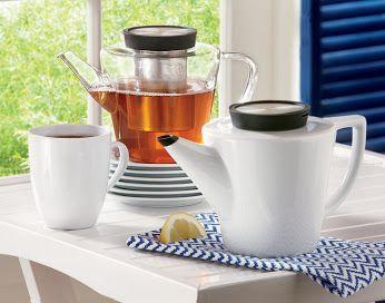 Idealnym rozwiązaniem dla tych którzy lubią dużo dobrej herbaty są dzbanki z zaparzaczem.  http://homeandfood.eu/c/27/dzbanki-szklo-i-porcelana.html