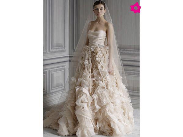 Beige Dress Picture Collection: Top 98 Ideas About Vestidos De Novia En Color On Pinterest