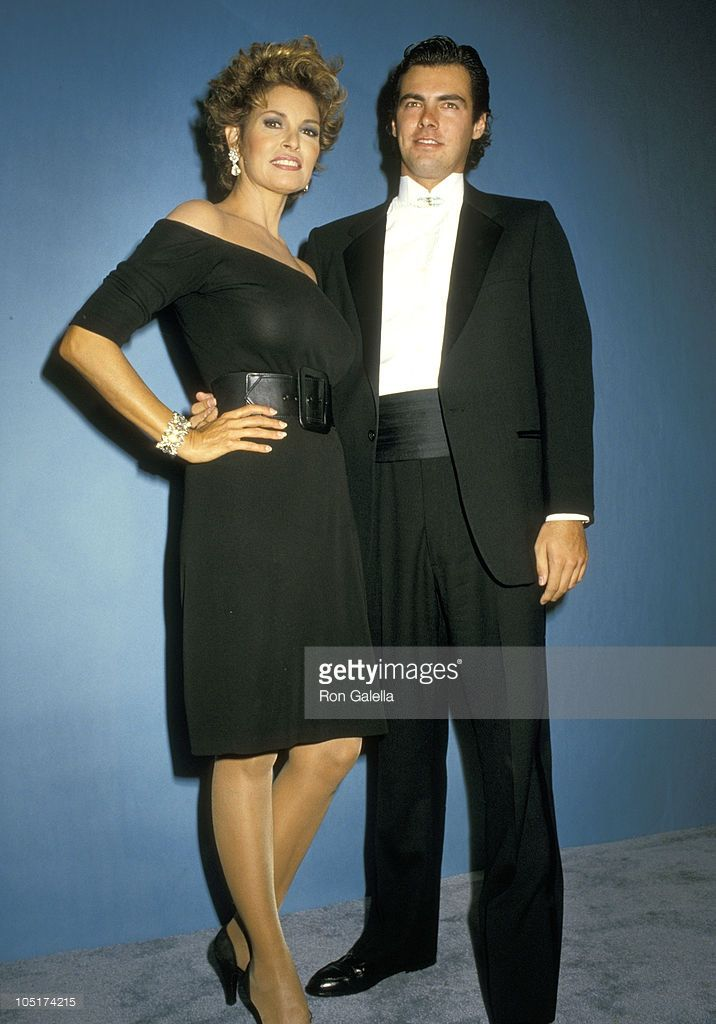 raquel-welch-and-son-damon-welch-during-39th-annual-emmy-awards-20-picture-id105174215 (716×1024)