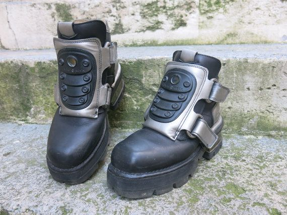 Super sale NEW ROCK club kid 90 s goth aliens by HUNTERSBAZAAR, €78.00