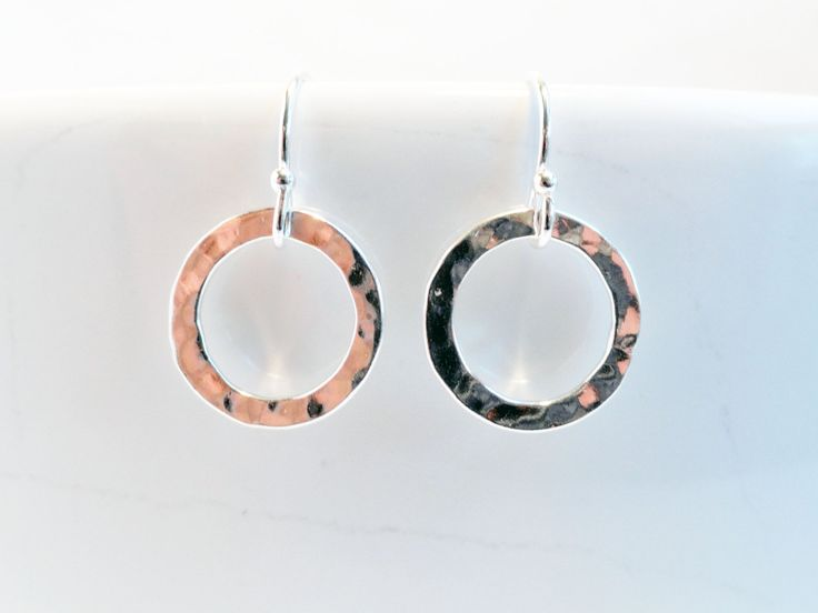 Sterling silver hammered earrings - silver hoop earrings - disc earrings - hammered links - shiny ring earrings - hammered ring earrings by handmadeintoronto on Etsy