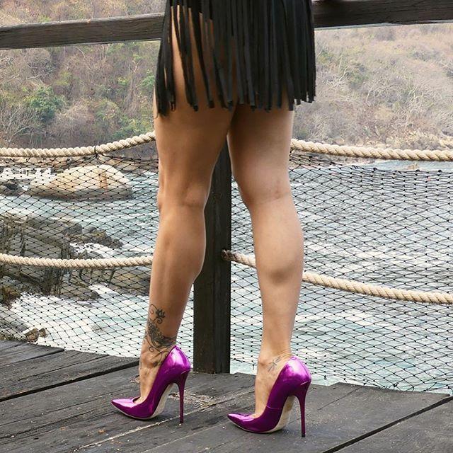 WOW!!! Dem Legs.... :-) #stilettoheelslegs #platformhighheelslegs