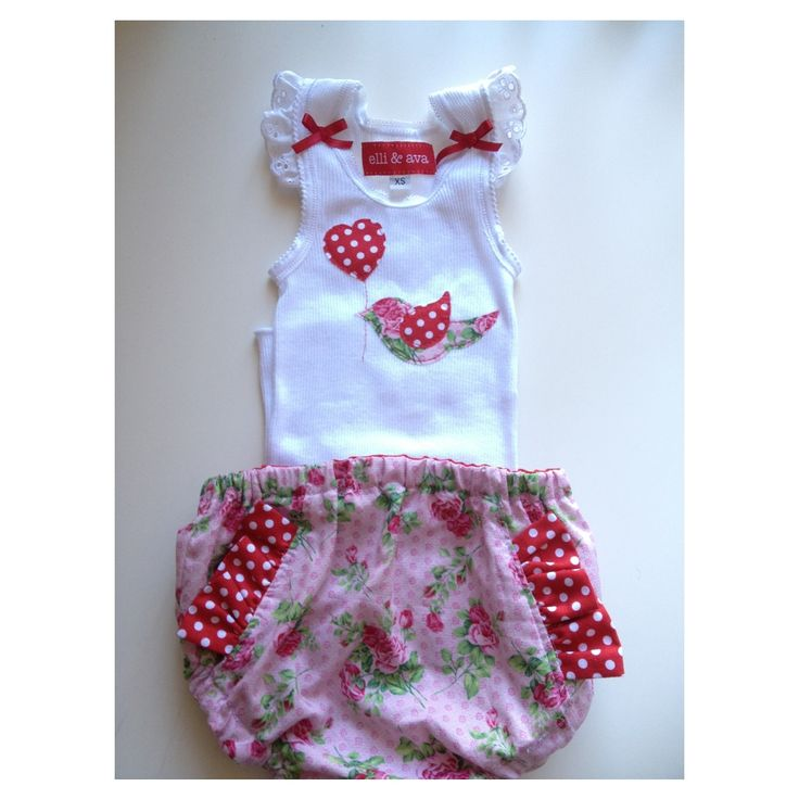 Birdy love baby's outfit