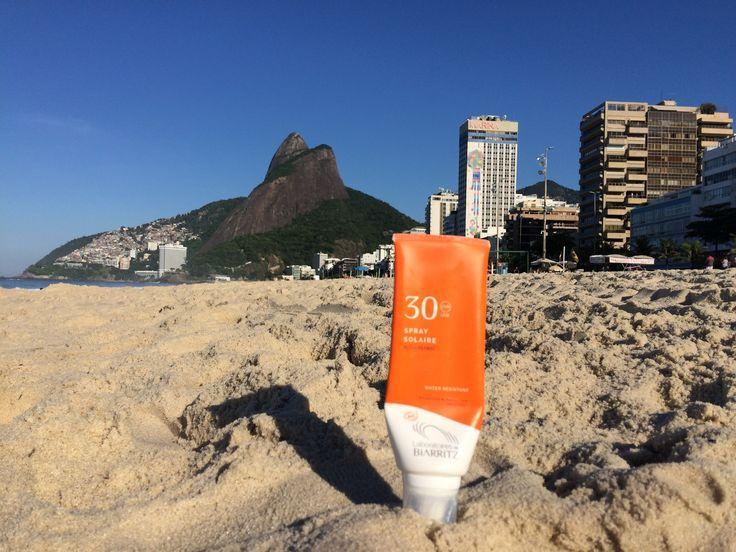 La plage Ipanema et vue sur Morro dois Irmãos  Merci @sebastian