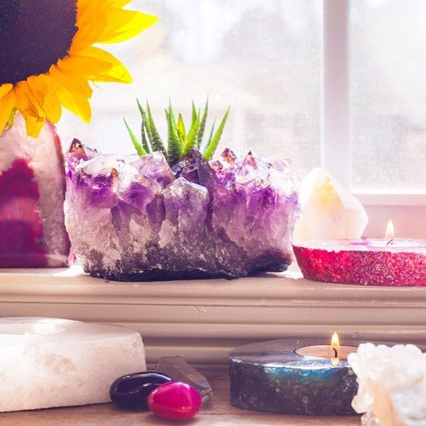 Springtime daydreams#SoulMakes Amethyst Cluster Candleholder (as a succulent planter) + Agate Slab Candles + Crystals available at www.SoulMakes.com