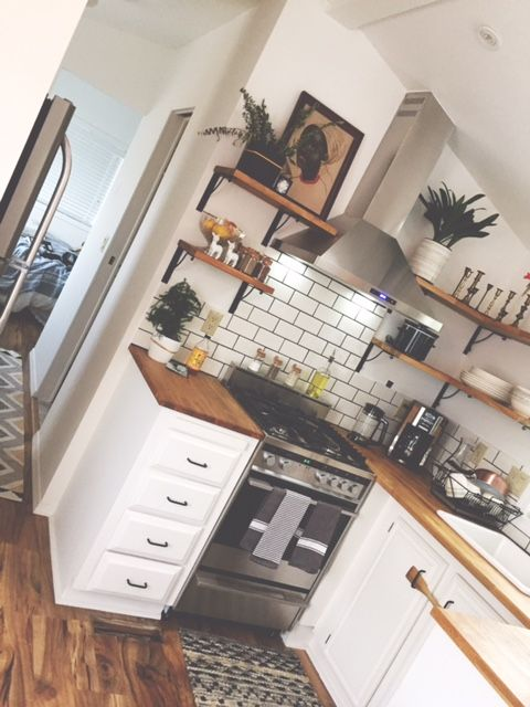 Completely remodeled 1990 tiny home! 1 bedroom 1 bath Washer and dryer hookups Size: 11×33 All the modern touches, upgraded tile in bathroom, wood laminate in living areas, butcher block counters, subway tile back splash. Includes deck.