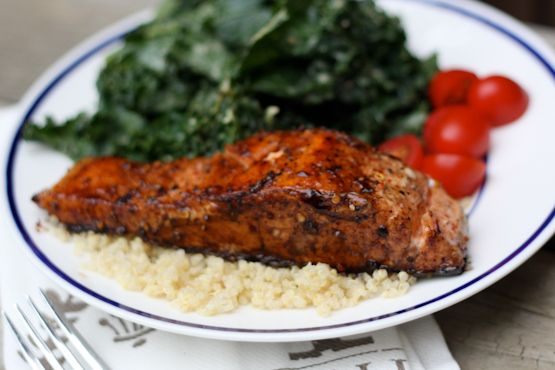 Quick and Easy Balsamic Salmon - Eating Bird Food http://www.eatingbirdfood.com/2012/05/quick-and-easy-balsamic-salmon/